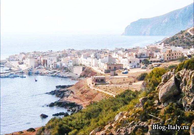 Остров Мареттимо вид на город