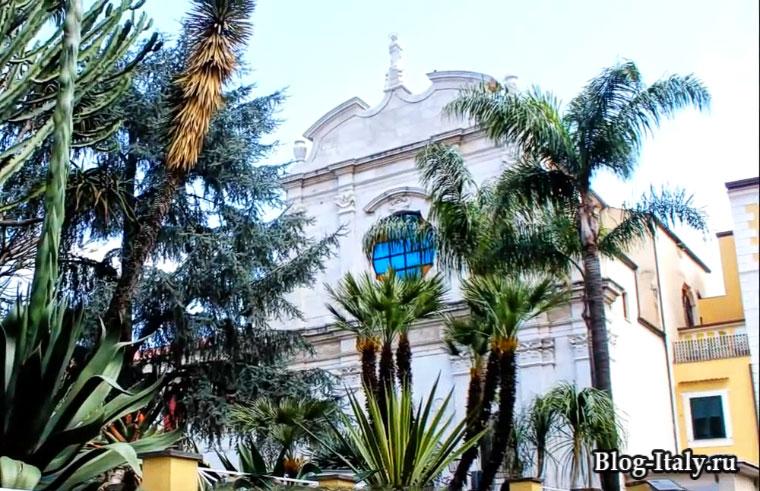 Сорренто, Церковь святого Франческо
