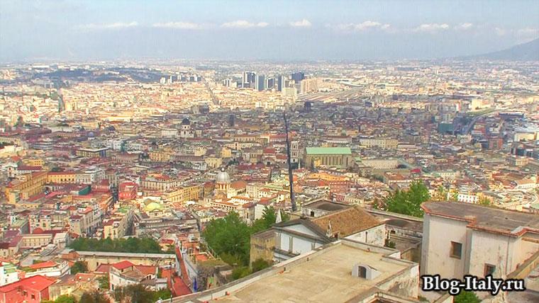 Вид на город Неаполь