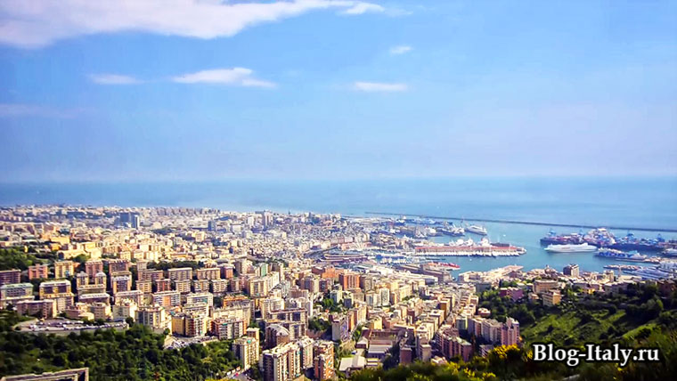 Бари вид на город и порт