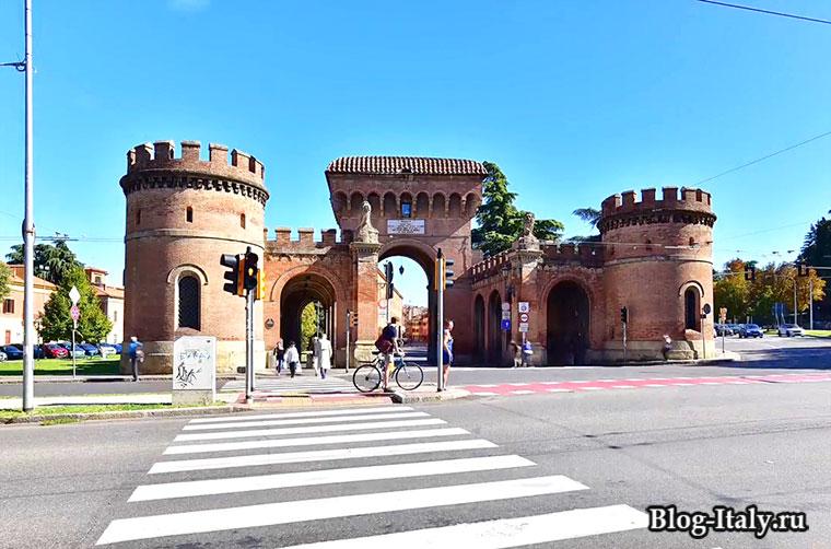 Болонья историческое здание