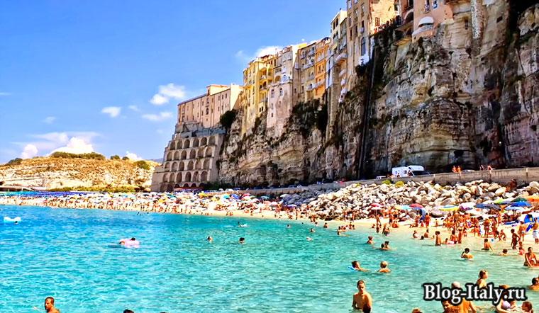 Городской пляж Тропеи