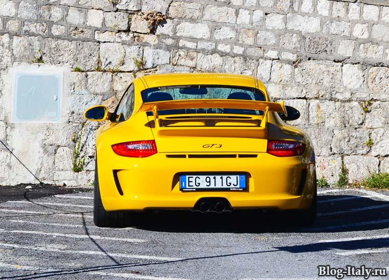 Автомобили в Италии
