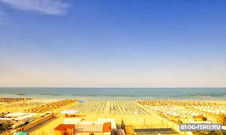 Пляж в Пескара