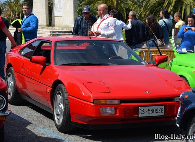 выставка исторических автомобилей в Скалее