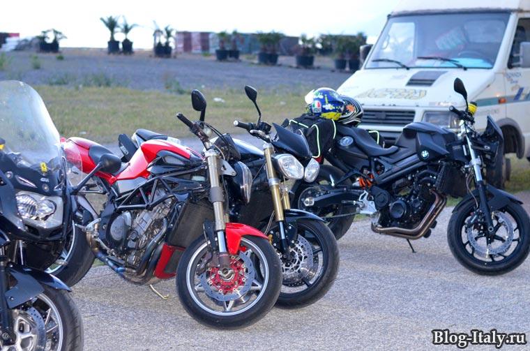 мотоциклы в Прайа а Маре