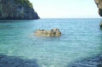 Пляж Арко-Маньо