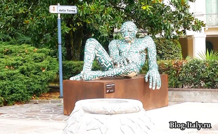 памятник в городе Абано-Терме