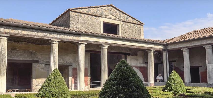 Экскурсии в Помпеи